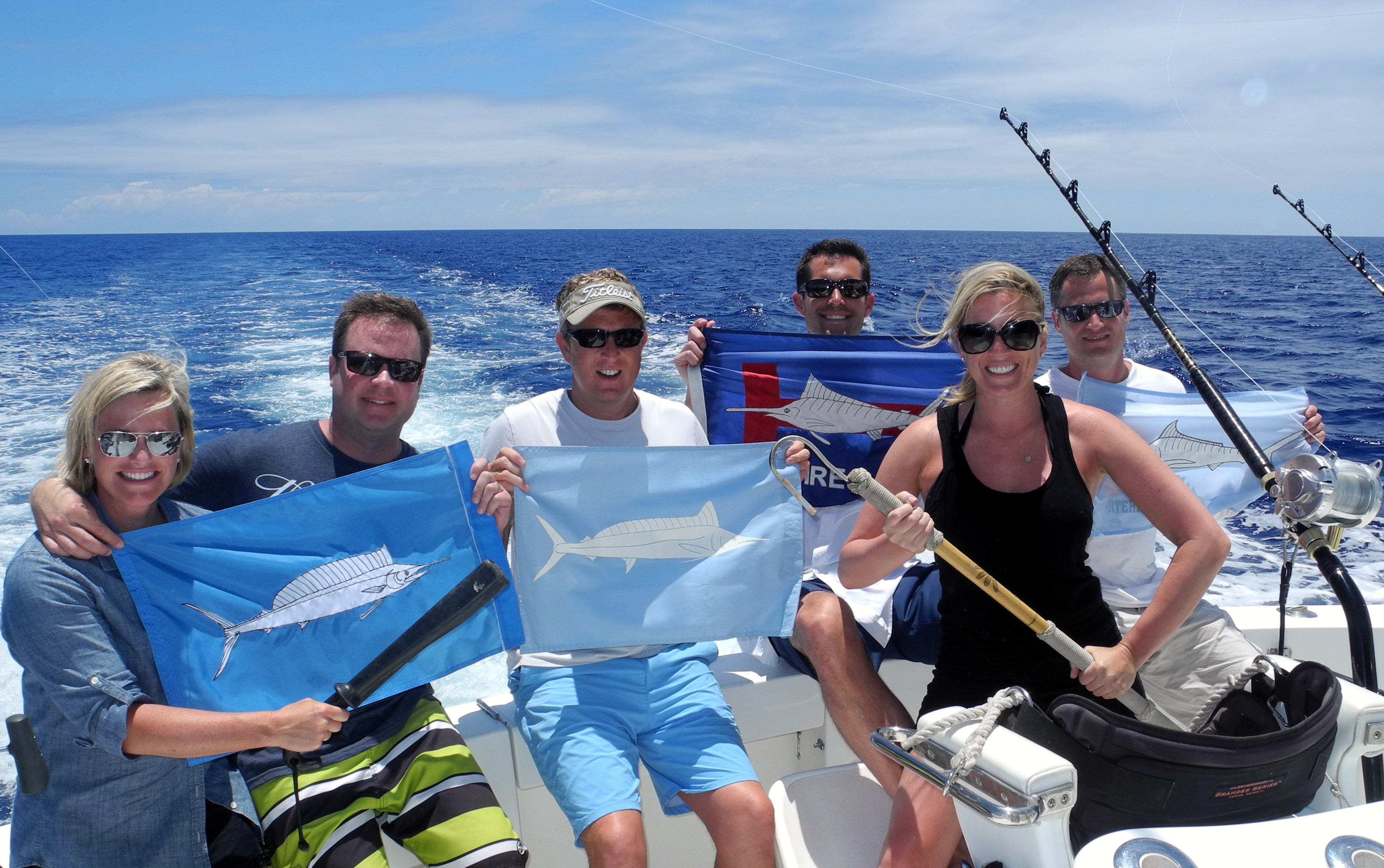 Not a bad day of fishing in kona hawaii kona fishing for Kona fishing charters
